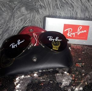 Brand new Ray-Ban sunglasses